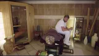 François l'embrouille en Corse - Le massage (masseur) (bonus)